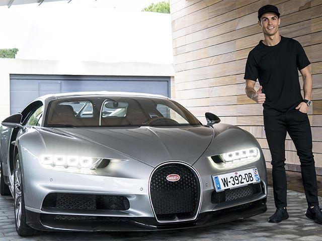 imageshandlerCristiano Ronaldo bugatti