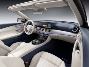 range-rover-vogue-interior luxury car features